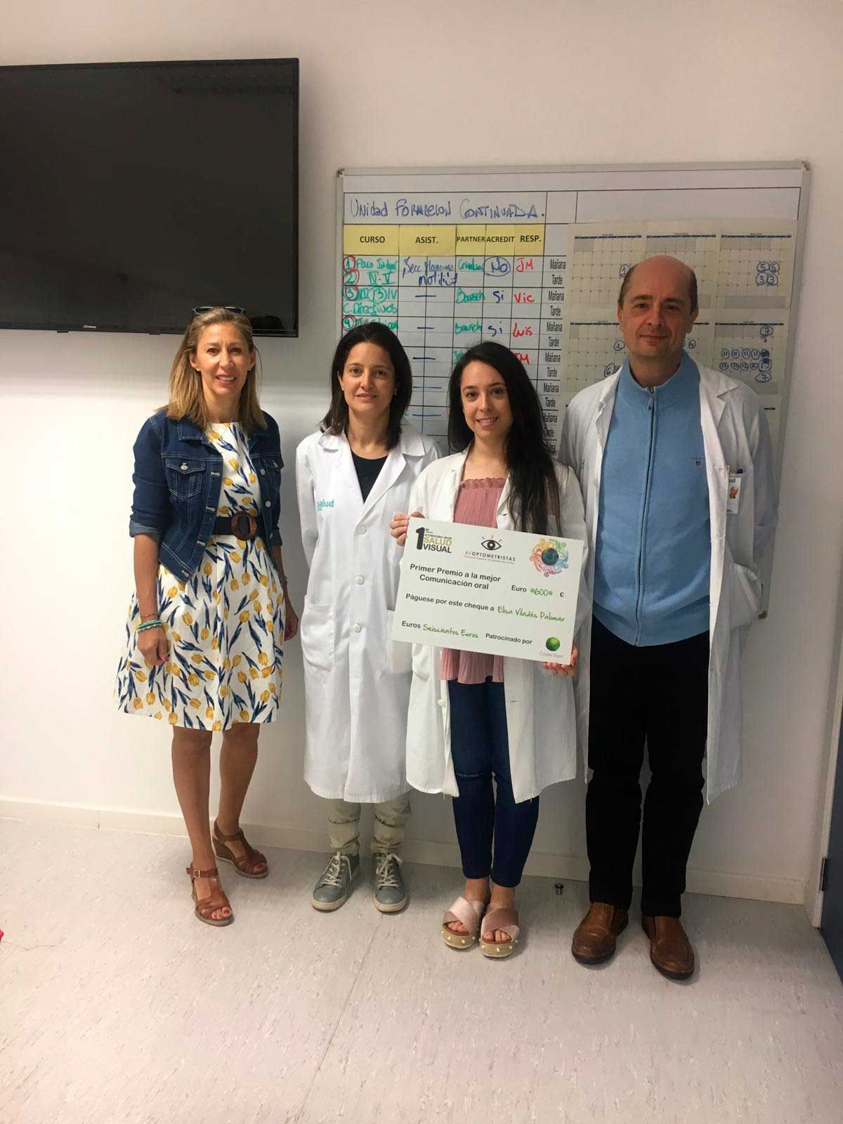 Elisa Viladés and Dr. Bartol awarded for their research